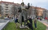 Снос памятника маршалу СССР Ивану Коневу в Праге